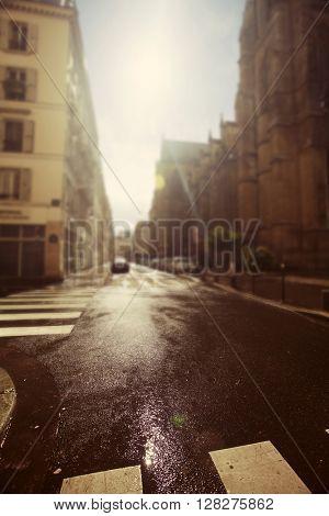 Avenue in Paris