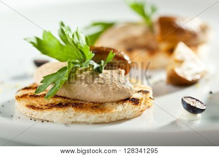 Toasted Bread with Chicken Liver Pate and Mushroom