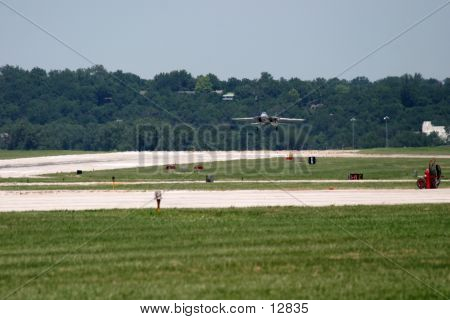 F14 Tomcat Landing