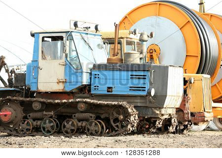 Hose reel and a tractor