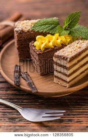 Layered Mini Coffee Cakes