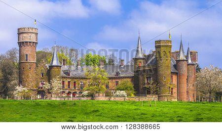 beautiful romantic castles of Belgium- Wynendale( Wijnendale)