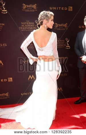 LOS ANGELES - MAY 1:  Linsey Godfrey at the 43rd Daytime Emmy Awards at the Westin Bonaventure Hotel  on May 1, 2016 in Los Angeles, CA