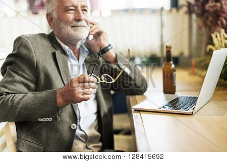 Beer Alcohol Drinking Leisure Lifestyle Talking Concept