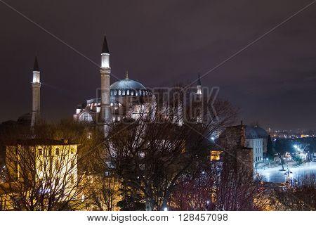 Hagia Sophia at night (Turkey).