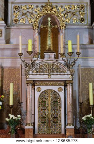 ZAGREB, CROATIA - SEPTEMBER 14: Tabernacle on the main altar in Basilica of the Sacred Heart of Jesus in Zagreb, Croatia on September 14, 2015