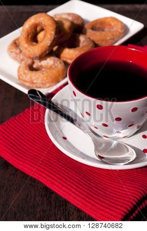 Image of selective focus on the coffee cup