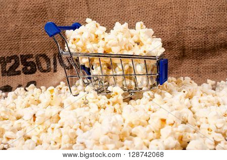 Pop Corn In Trolley