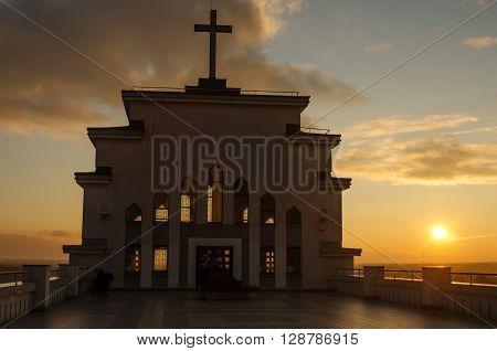 Kaunas, Lithuania: Kaunas our Lord Jesus Christ's Resurrection Basilica, Lithuanian: Kauno musu Viespaties Jezaus Kristaus Prisikelimo bazilika, in the sunset