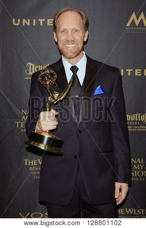 LOS ANGELES - APR 29: Jeff Bennett at The 43rd Daytime Creative Arts Emmy Awards Gala at the Westin Bonaventure Hotel on April 29, 2016 in Los Angeles, California