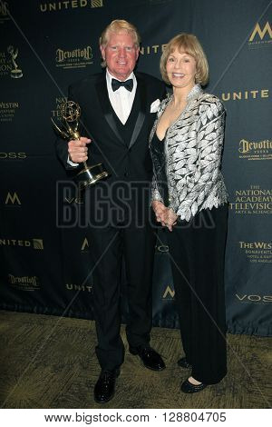 LOS ANGELES - APR 29: Terry James, Toni Tennille at The 43rd Daytime Creative Arts Emmy Awards Gala at the Westin Bonaventure Hotel on April 29, 2016 in Los Angeles, California