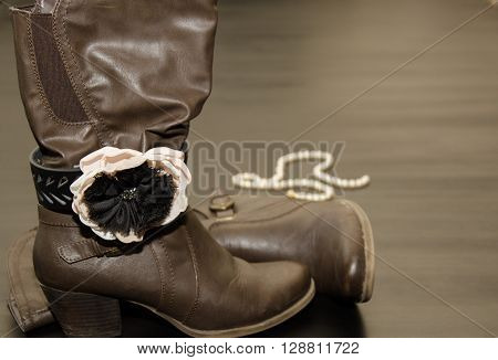 Classy & fashionable Brown Boots with Bracelet and pearls