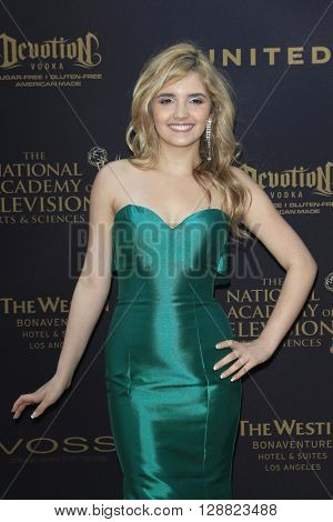 LOS ANGELES - APR 29: Victoria Vida at The 43rd Daytime Creative Arts Emmy Awards Gala at the Westin Bonaventure Hotel on April 29, 2016 in Los Angeles, California