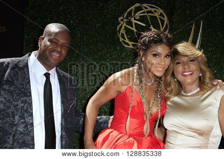 LOS ANGELES - May 1: Vincent Herbert, Tamar Braxton, Evelyn Braxton at The 43rd Daytime Emmy Awards Gala at the Westin Bonaventure Hotel on May 1, 2016 in Los Angeles, California