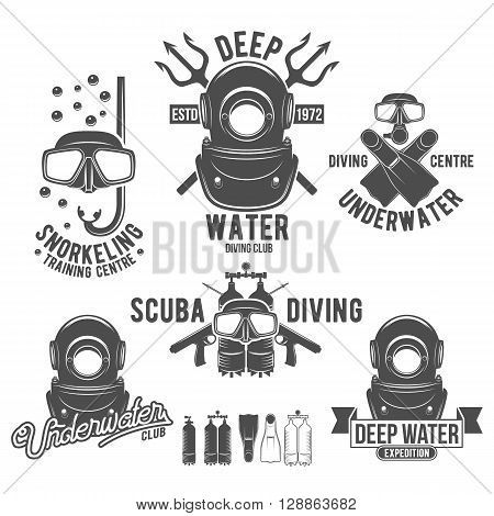 Scuba diving labels set. Underwater swimming logos. Sea dive, spearfishing, vector illustration. Diving emblems and designed elements