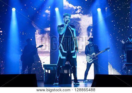 HUNTINGTON, NY-FEB 23: Singer Adam Lambert performs onstage at the Paramount on February 23, 2016 in Huntington, New York.