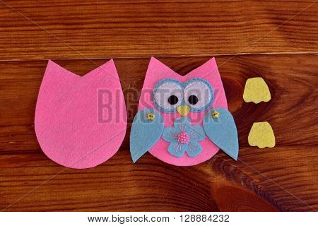Felt owl pattern. Stitched felt owl. How to make a cute felt owl toy - kids DIY crafts tutorial