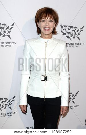 LOS ANGELES - MAY 7:  Frances Fisher at the Humane Society Of The United States LA Gala at the Paramount Studios on May 7, 2016 in Los Angeles, CA