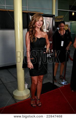 LOS ANGELES - SEP 3: Audrina Patridge at the premiere of 'Sorority Row' held at the Arclight in Los Angeles, California on September 3, 2009