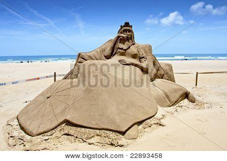 Queen Sand Sculpture