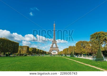 poster of Tour Eiffel (Eiffel tower) in Paris, France, Europe