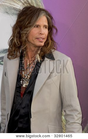 HOLLYWOOD, CA - MAY 7: Steven Tyler arrives at the premiere of the Warner Bros. Pictures Dark Shadows on May 7, 2012 in Hollywood, California.