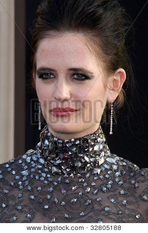 LOS ANGELES - MAY 7:  Eva Green arrives at the