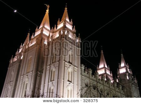 Salt Lake Temple (night)