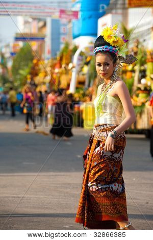 Surin Parade Traditional Dress Fair Female