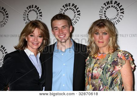 LOS ANGELES - MAY 9:  Deidre Hall, Chandler Massey, Alison Sweeney arrives at the