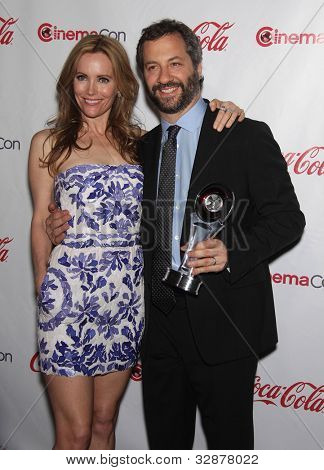 LAS VEGAS - APR 26:  LESLIE MANN & JUDD APATOW arrives afor the Cinema Con 2012-Final Night Awards  on April 26, 2012 in Las Vegas, NV