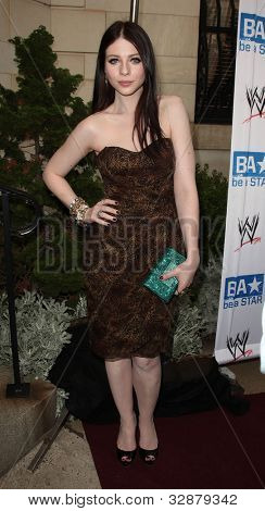 LOS ANGELES - APR 29:  Michelle Trachtenberg arrives to the Anti-Bullying Alliance Launch  on April 29, 2010 in Washington D.C.