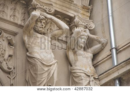 Ornamental statues of Passage Macca- Villacrosse, Bucharest