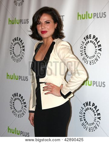 LOS ANGELES - MAR 3:  Lana Parrilla arrives at the