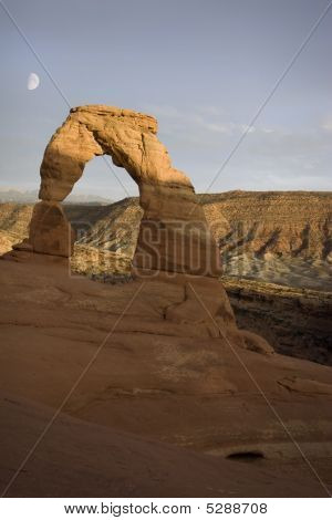 Delicate Arch and Moon, Arches National Park, Moab, Utah
