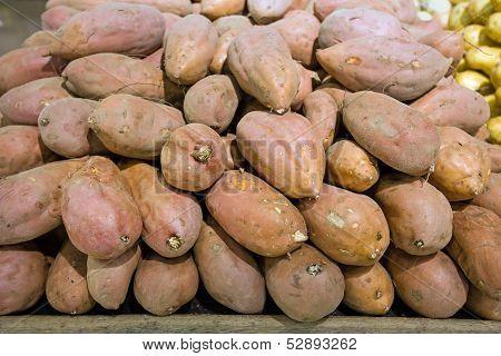 Batata In Food Store