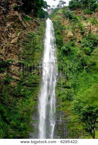 Wli Waterfall In Agumatsa Park In Ghana