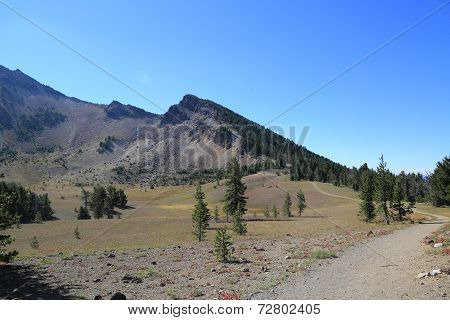Hiking trail at Crater Lake National Park