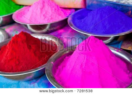 Indian Coloured Powders