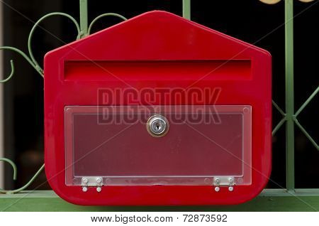 Letterbox Red