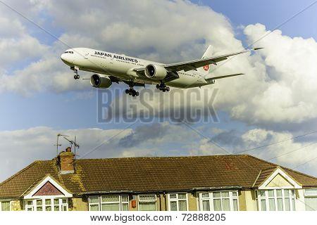 Japan Airlines Boeing 777/JA741