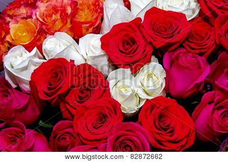 Great Image Of A Beautiful Bouquet Of Red And White Roses