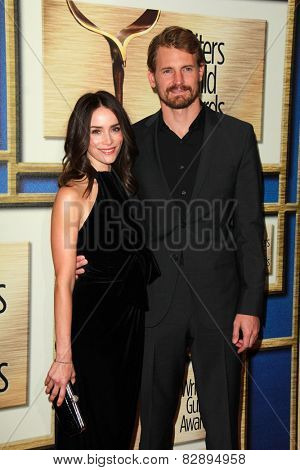 LOS ANGELES - FEB 14:  Abigail Spencer, Josh Pence at the 2015 Writers Guild Awards at a Century Plaza Hotel on February 14, 2015 in Century City, CA