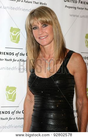 LOS ANGELES - JUN 2:  Ande Rosemblum at the United Friends of the Children Brass Ring Awards Dinner at the Beverly Hilton Hotel on June 2, 2015 in Beverly Hills, CA