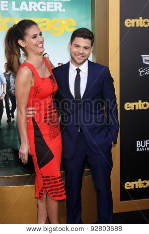 LOS ANGELES - MAY 27:  Breanne Racano, Jerry Ferrara at the
