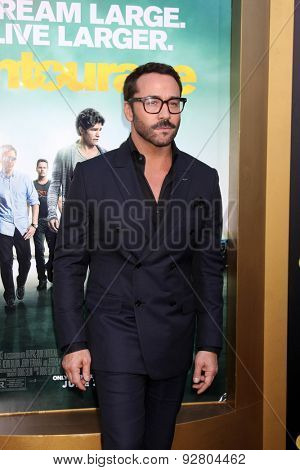 LOS ANGELES - MAY 27:  Jeremy Piven at the