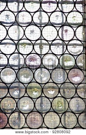Window With Reinforced Glass