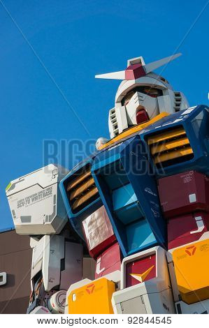 Full-size Gundam Statue Performances