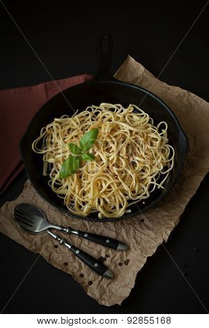 Linguine With Basil In Cast Iron Pan