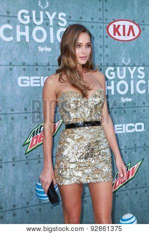 LOS ANGELES - JUN 6:  Hannah Davis at the Guys Choice Awards 2015 at the Culver City on June 6, 2015 in Sony Studios, CA